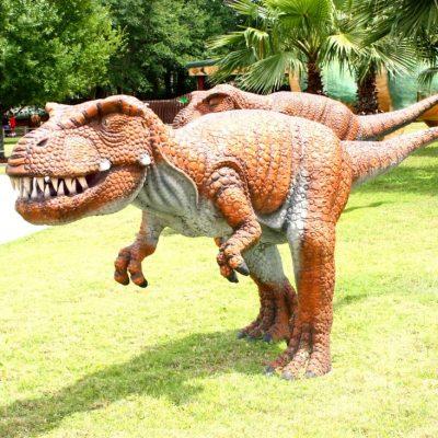 Dinosaur World, Plant City, Florida – Peak Season Review