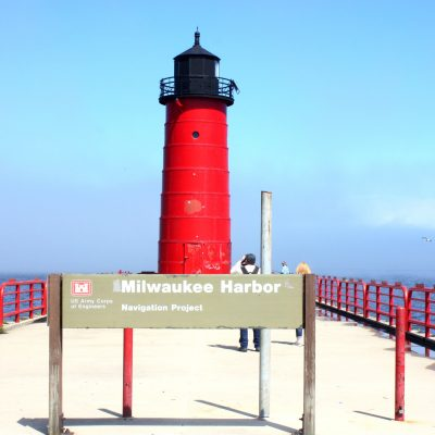 Happy National Lighthouse Day! + 5 Thoughts of Gratitude